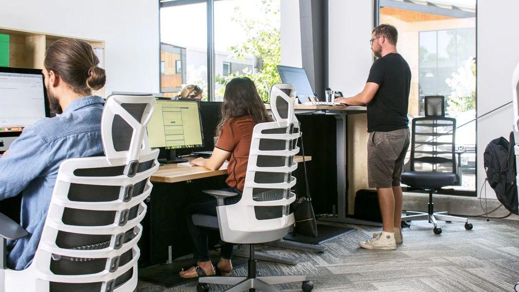adjustable desk singapore