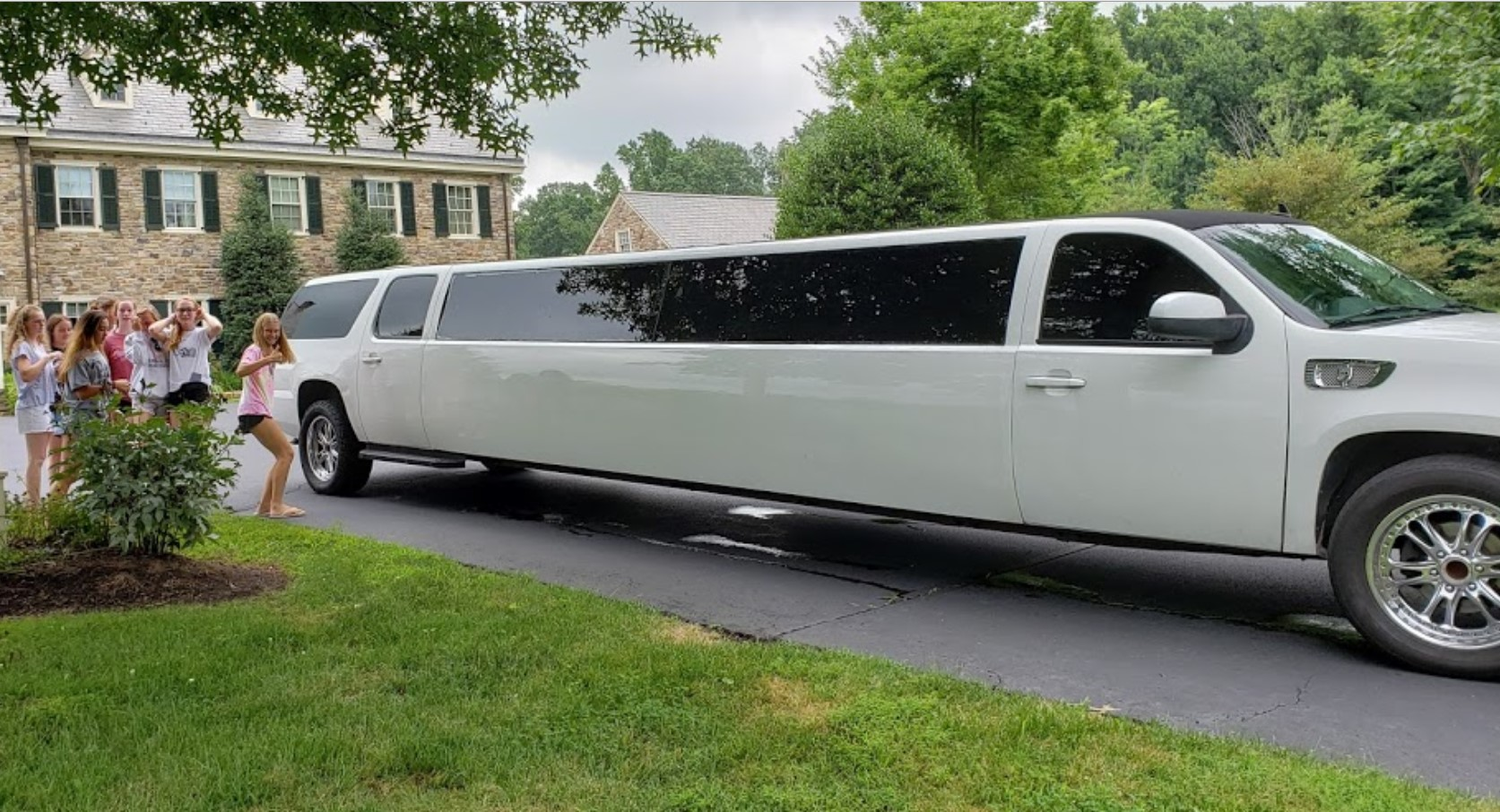 louisville limo rental prices